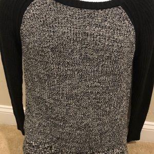 Nice Women's Size Medium Black and White Sweater